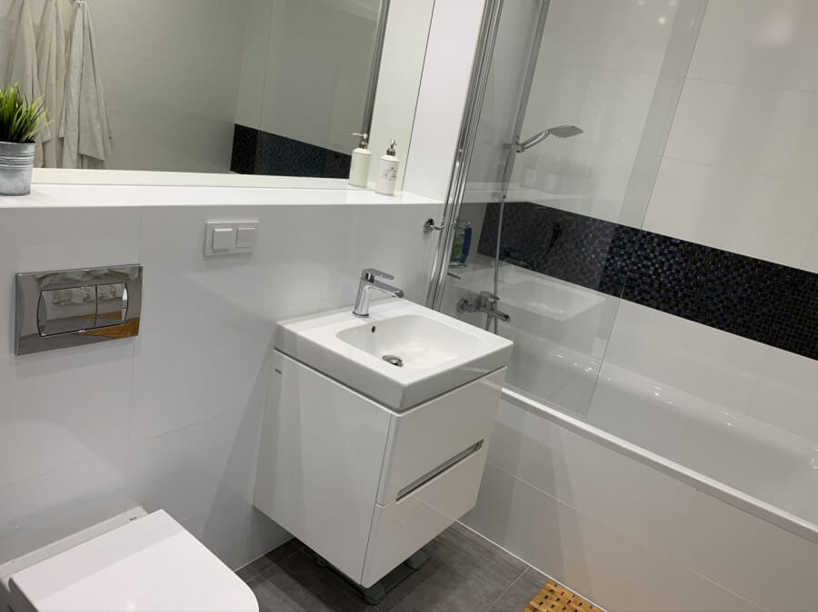bathroom in apartment to rent gdansk