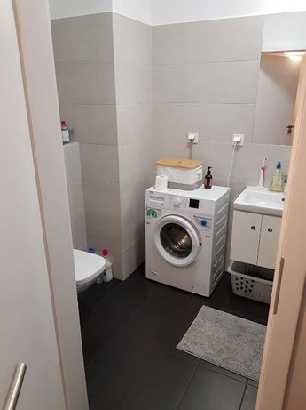 bathroom flat to rent warsaw poland