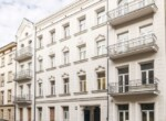 apartment in renovated tenement house building Lodz 16