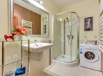bathroom in apartment for rent in gdansk city centre for rent