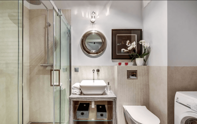 bathroom in brabank gdansk apartment for rent city centre
